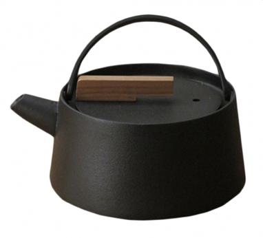 tetsubin kettle teapot