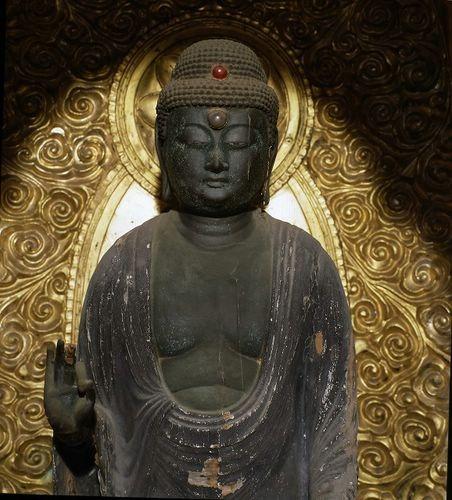 tuong-phat-adida-nhat-ban (26)