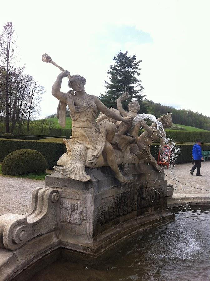 Один из фрагментов фонтана