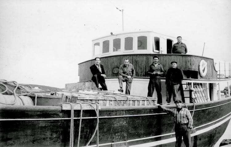 Detalle del puente de mando del PAQUITA M. DE RICOMA. Cedida por Alfonso Buenaventura Pons. Nuestro agradecimiento.jpg