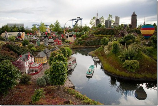 the_craziest_lego_model_is_in_germanys_legoland_640_20