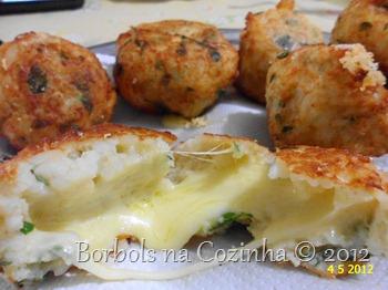 bolinho de arroz com batata aveia em flocos e muçarela