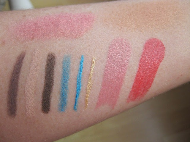 KIKO-Life-in-Rio-swatches
