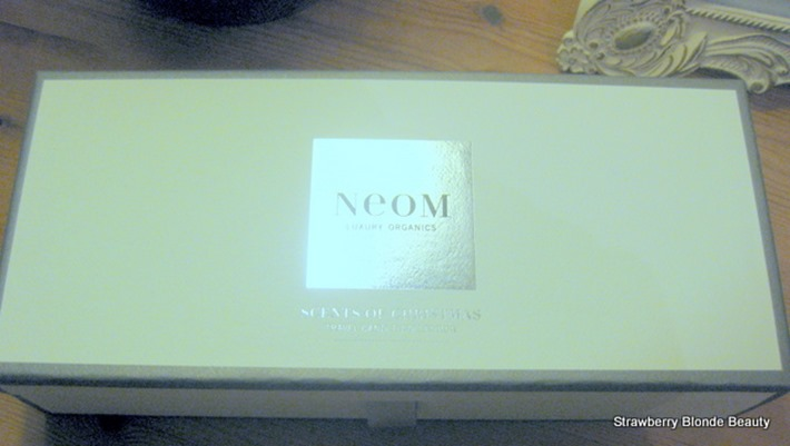 NEOM Scents of Christmas Travel Candle Trio