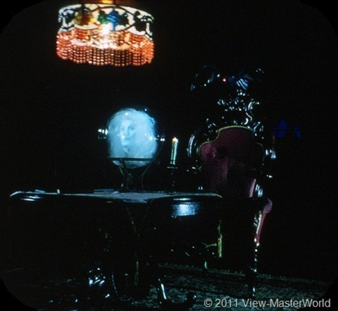View-Master New Orleans Square (A180), Scene 3-2: The Crystal Ball