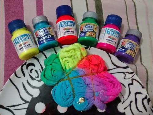como-fazer-camiseta-customizada-tie-dye-tinta-tecido-5.jpg