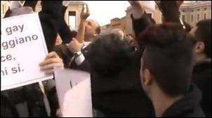 protesto no vaticano