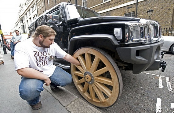 [HUMMER_with_Wooden_Wheels_2%255B3%255D.jpg]