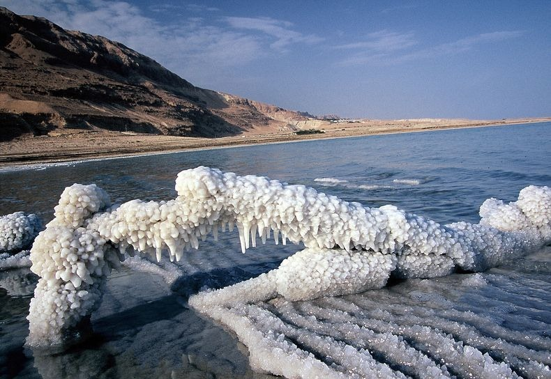 dead-sea-salt-crystals-8
