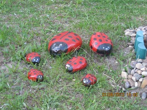 Обычные камушки
