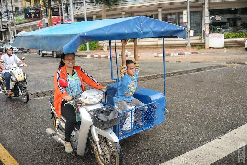 2557_Thailand_Pattaya_Jomtien_transport_tuk_tuk_tuck_tuck_taxi-45