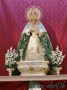 macarena-almeria-alvaro-abril-besamanos-extraordinario-y-cultos-mayo-xxv-aniversario-(11).jpg