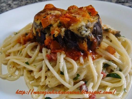 medalhão-de-beringela-com-espaguete-02