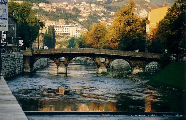 الجسر القديم في سراييفو