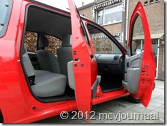 Dacia Logan MCV Rouge Passion 05