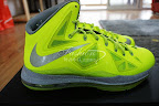 nike lebron 10 gr atomic volt dunkman 5 03 Nike, This is How We Want Our Volts! With Diamond Cut Swoosh.