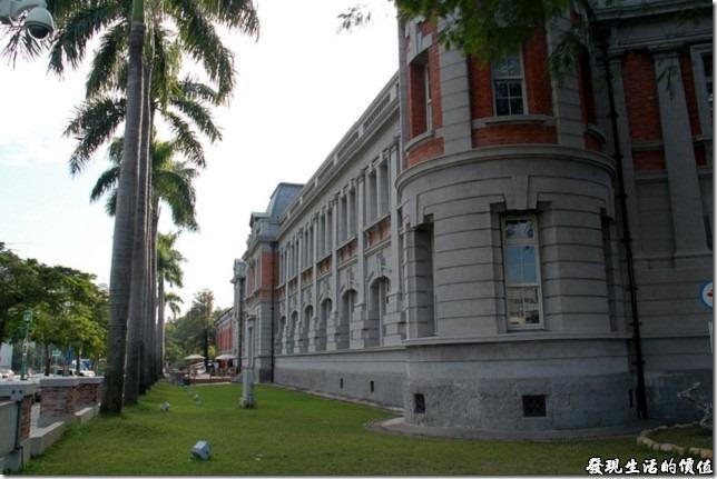 台南-台灣文學館