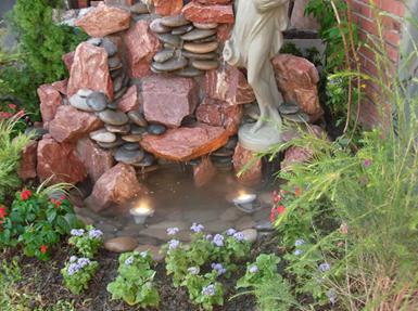 Fotos de jardines con cascadas de agua dise o y for Cascadas de agua artificiales para jardin