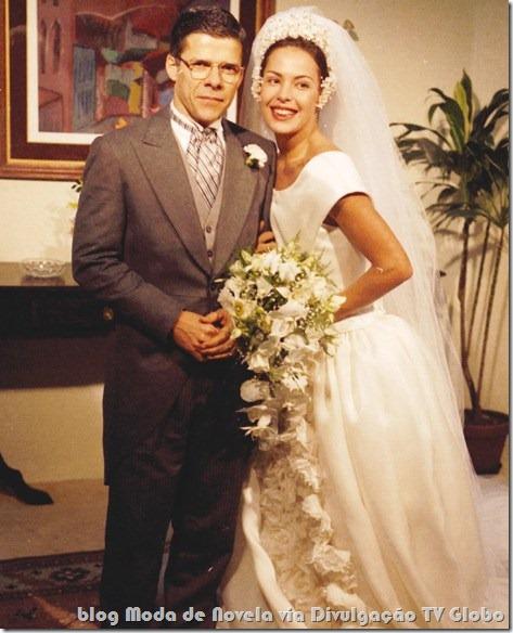 moda da novela história de amor - vestido de noiva da paula