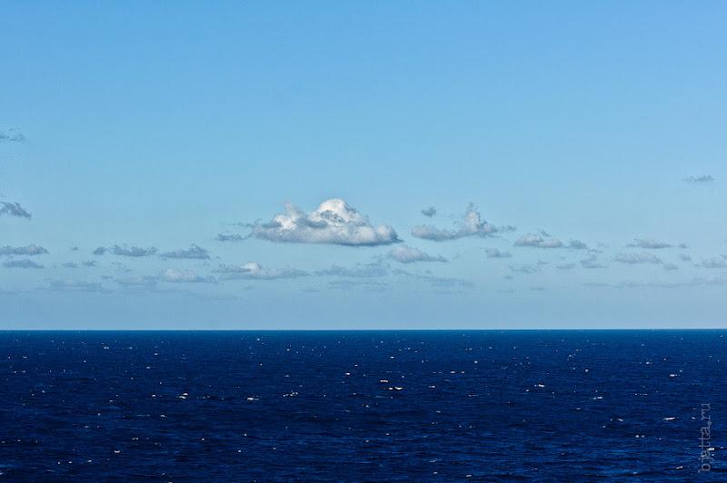 22. А за окном февраль и безумная синь атлантического океана. Октоберфест в феврале на Costa Concordia.