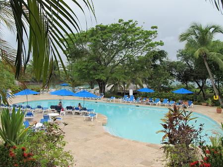 Piscina Hotel Smugglers Cove St. Lucia Caraibe