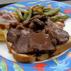 Old-Fashioned Hot Open-Faced Roast Beef Sandwich