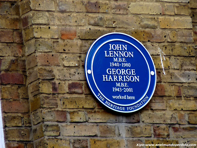 placa-azul-john-lennon-george-harrison.JPG