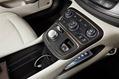 Chrysler-200-New-10