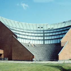 32.- Alvar Alto. Auditorium de Spoo (Finlandia)