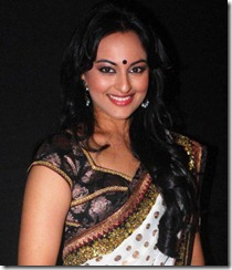 sonakshi_in_saree_cute_pic