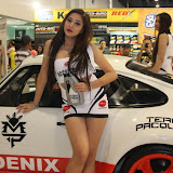 philippine transport show 2011 - girls (142).JPG