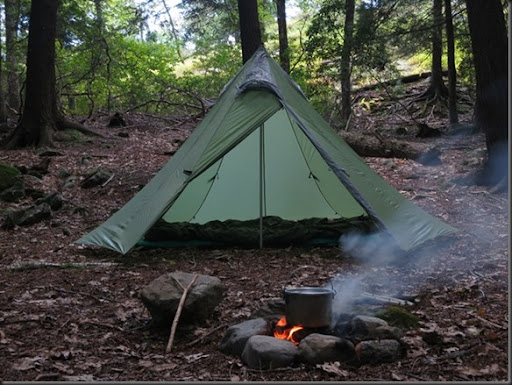 To be more precise I only use the Shangri-La 3 flysheet pole and tent pegs the same way I did with the Shangri-La 5. Both tents actually come with a nest ... & Wood Trekker: GoLite Shangri-La 3 Tent Review