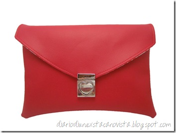 Red Soy Envelope Clutch da etsy