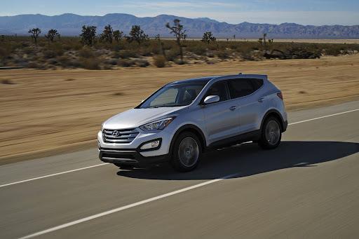 2013-Hyundai-Santa-Fe-Sport-06.jpg