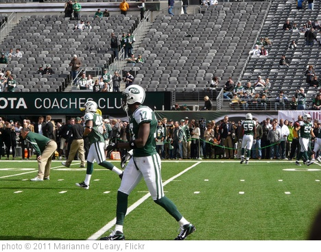 'New York Jets Receiver Plaxico Burress' photo (c) 2011, Marianne O'Leary - license: http://creativecommons.org/licenses/by/2.0/