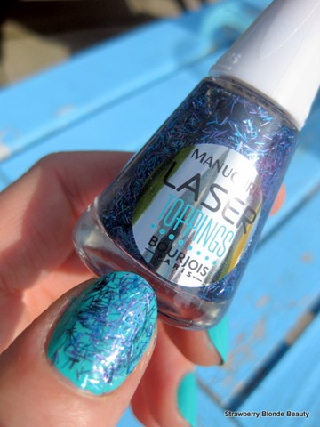 Bourjois-Laser-Toppings-Blue-Neon-36-Swatch