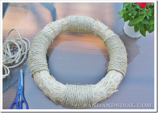 wrap wreath with rope