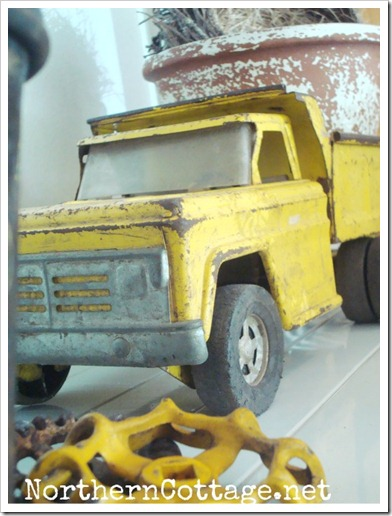northern cottage yellow truck 2