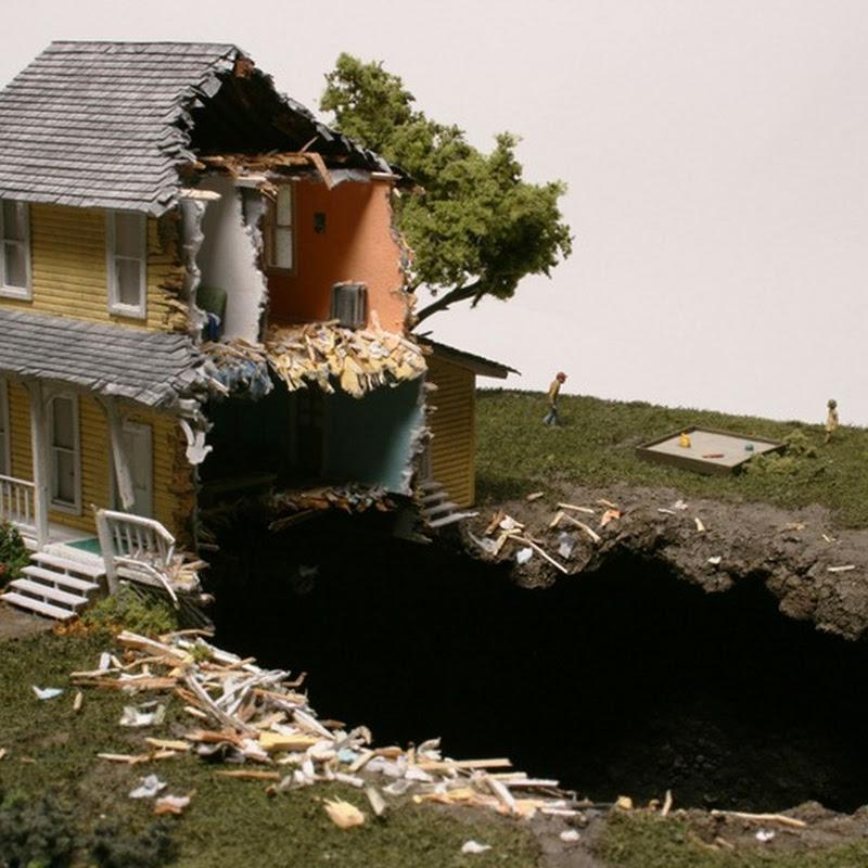 Thomas Doyle's Apocalyptic Dioramas