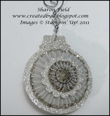 main sub 3 silver glimmer ball ornament antique brad