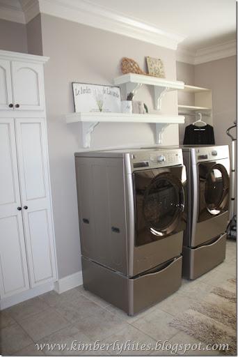 versatile gray favorite paint colors blog. Black Bedroom Furniture Sets. Home Design Ideas