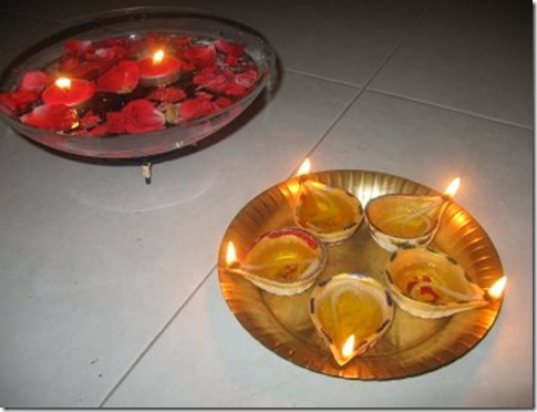 DIY Decorative  Deepavali Diya Oil lamp ideas hand painted diyas