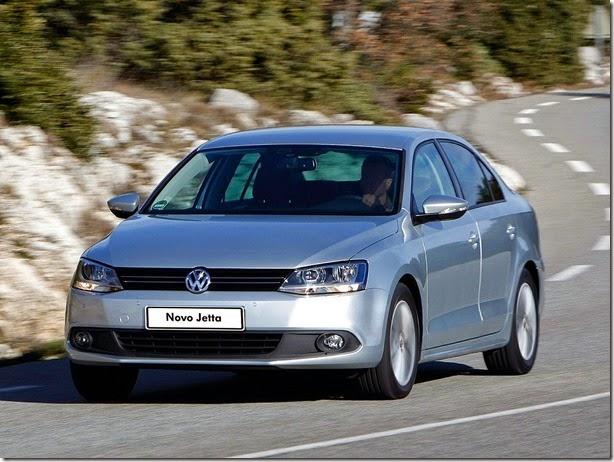 Volkswagen-Jetta-2012-23