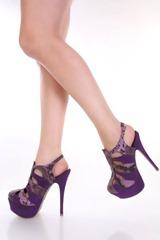 Kelsey's heels