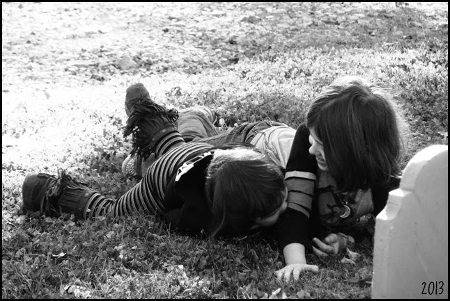 Girls Play 2 bw