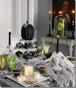 black-tablescape