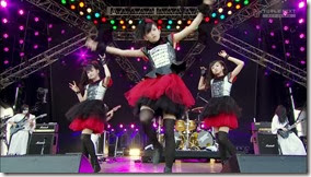 BABYMETAL_catch-me-if-you-can_19