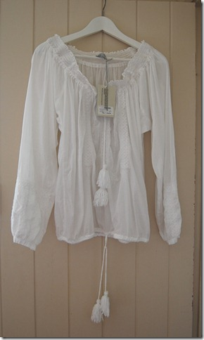 HUNKY DORY BLOUSE1