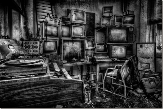 televisions_by_illpadrino-d38dezh