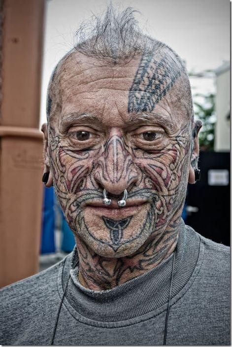 tattoo-love-everywhere-22